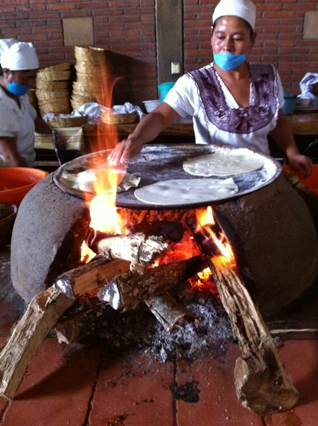 La Capilla Resto, Zaachila, Oaxaca: Tortillas are made by hand and baked on clay comal