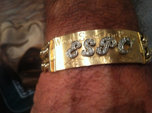 PIC: I wonder whose bracelet this is?