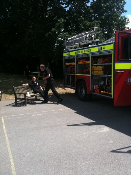 @SatScenes doing the community fire safety thing in naphill, glorious day for it to.
