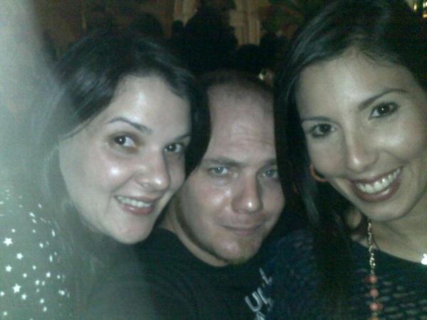 Con las bellas @LaVeroGomez y @MichelleDMK en la fiesta de Navidad #UnionRadio