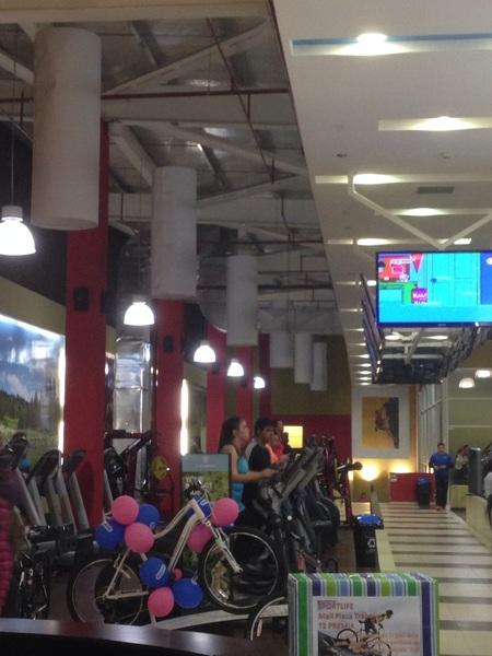 es otra cosa  @SportlifeChile  #MallPlazaDelTrebol muy buenas máquinas ..!! #Motivador
