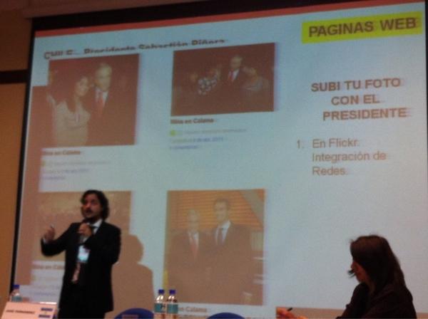 @Sebastianpinera tiene un flickr de gente que se toma fotos con él #cumbre2011