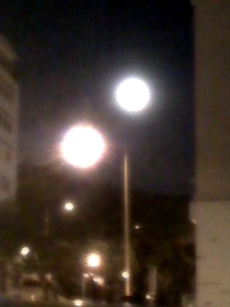 是晚超大的月亮!^0^