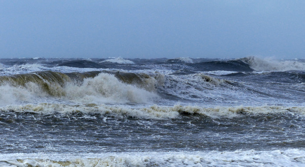 hoge en woeste golven #buienradar
