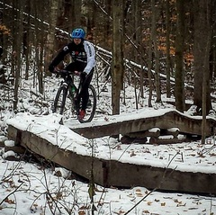 @mmmkeh rolling along the snow-covered bridges in Durham Forest today.  #sundayride #durhamforest #mountainbiking #snowride