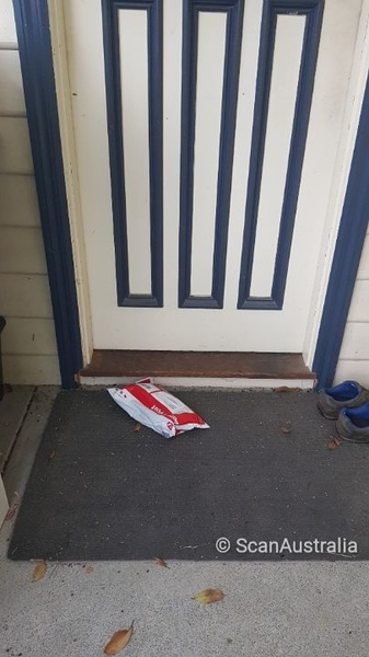 @auspost Is this really a #SafeDrop? Happy to have item but can be seen from street.