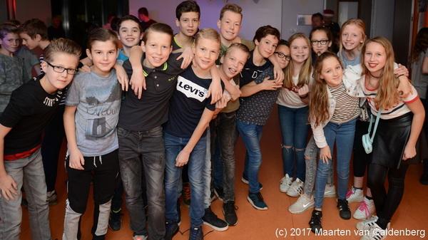 Vanavond is er de #disco voor #groep8 bij @sjvrosmalen #xmas #kerst #rosmalen