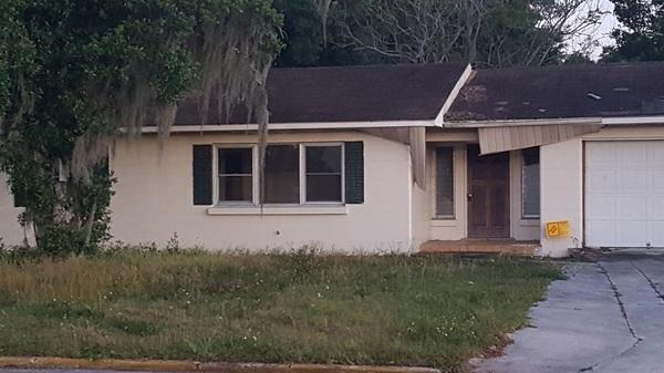 Boracina We Buy Houses Lakeland Florida City code violation vacant Home