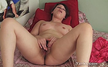 Clarrisa Johnson Yanks BBW