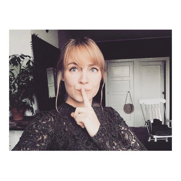 Sst ik ben weer blond 👩🏼 #blondie #bangs #almostchristmas #rotterdam