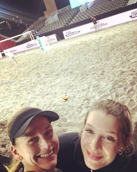 Ready to battle her in two days with this badass! #delabeachopen #voorelkaar