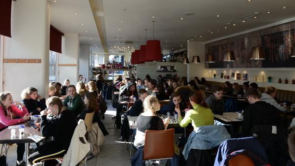 Vorig weekend vertrokken 68 leerlingen en 5 begeleiders van de #musicalgroep van @rodenborch #rosmalen naar #brighton