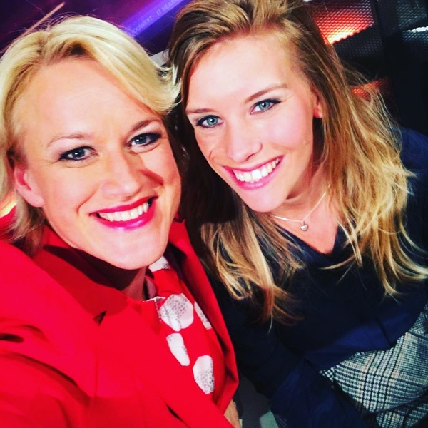 Gisteren samen met mijn ouders te gast in 'Hjoed' bij @afke_boven @omropfryslan! ☺️🎥 Super leuke uitzending! Gemist? Check dan de onderstaande link: https://omropfryslan.bbvms.com/view/omropfryslan_video/3035452.html #omropfryslan #hjoed #tv #tryon2018 #goldengirl #worldchampion #equestrian #teamnl @fei_global @knhsnederland @teamnlinsta