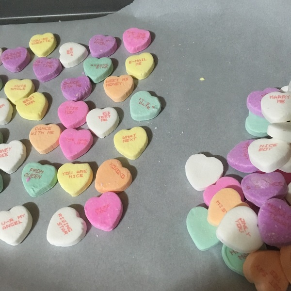 Break open discount valentines candy and pick out the positive, friendly, and legible messages #BakeWithPunzie