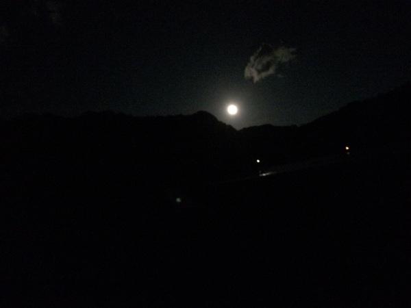 爆風やけど月が綺麗  #エギング