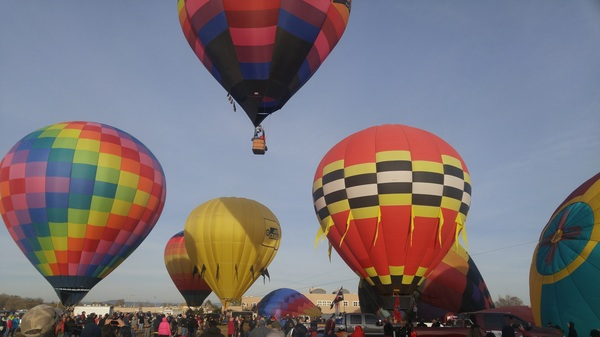Taos balloon festival fun! #balloonfiesta #taos #nm