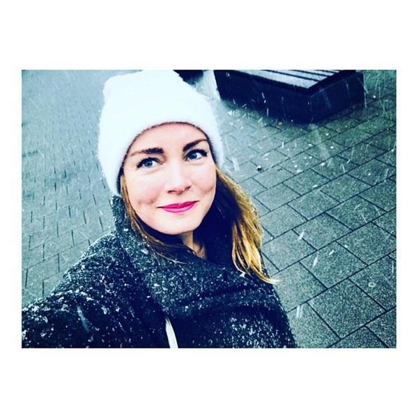 Sneeuw op je smoelwerk. Lekker heur. #snow #sundays #rotterdam
