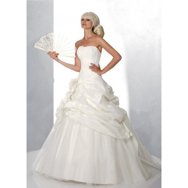 Hervé Mariage, Louisiane - Superbes robes de mariée pas cher | Robes En solde | Divers Robes de mariage blanc