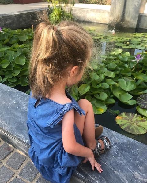🍀🐟🌺 #ellagrace #gettyvilla #gardens #pond #koi #malibu #losangelesart