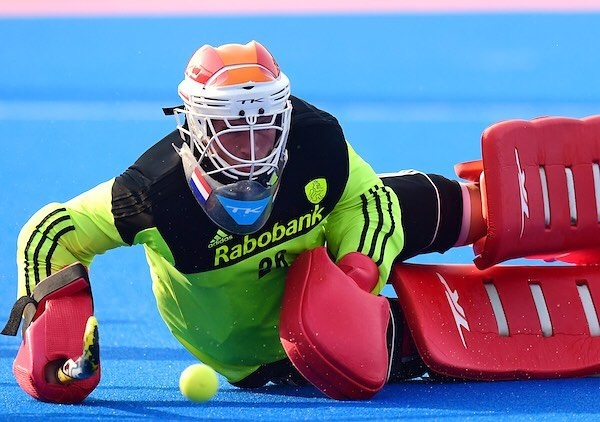 Training Day!! 👍 Great to be back with the team on the pitch💪. Quarter Final  tomorrow against Gemany! #onwards #backagain #3daysout @oranjehockey @hockeynlopinstagram 📸📸@worldsportpics