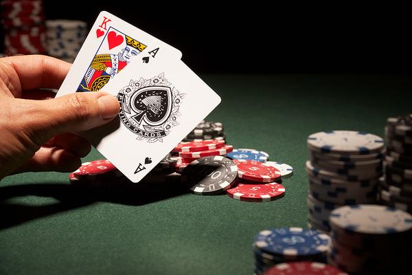 Situs Poker Domino Online