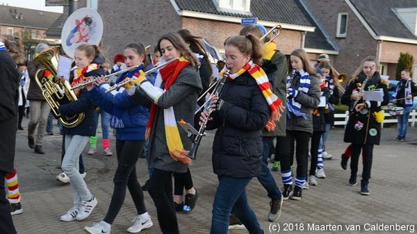 Vandaag waren de @blazersklas  leerlingen van @rodenborch  #rosmalen bij de optocht van @Zandhazendurp