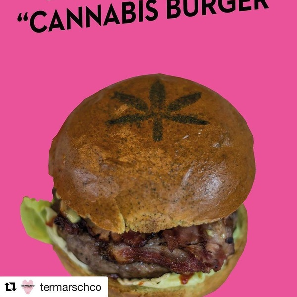 There it is! Now on the menu in both burgerjoints! #cannabis #cannabisburger #cannabiscommunity #termarschco #termarsch #wittedewith #vijzelstraat #nhhotel #foodporn #burgerlicious #blacktap #fiveguys #paris #rotterdam #amsterdam