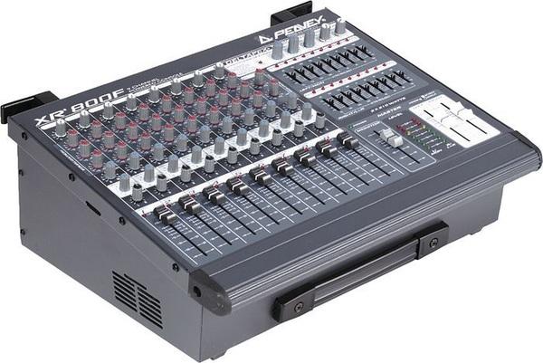 Bàn mixer liền công suất là gì?