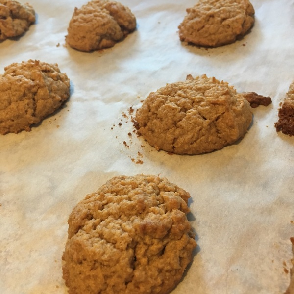 Peanut butter banana cookies! (Vegan and gluten free friendly) #BakeWithPunzie