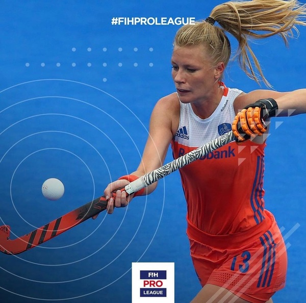 Tomorrow we fly to Spain for our pro league prep! Ready for a new year!🔸🏑🔸#excited #newchallenges #newgoals #fihproleague #dutchiesontour