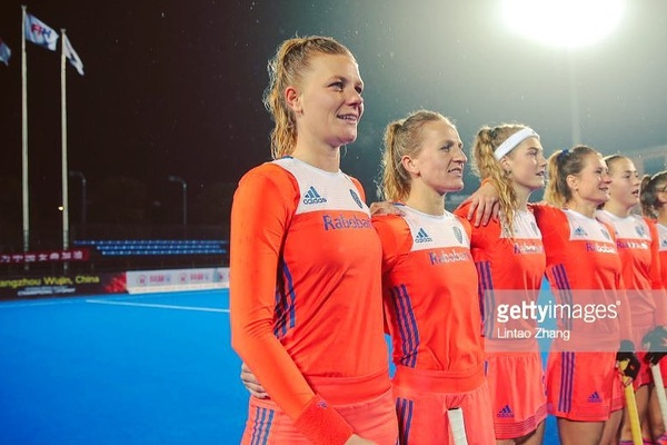 These moments before the game 🙌🏼🧡 Tomorrow NED-China at 9:00h (NL time) #letsgoteam #HCT2018 #livestream #nosnl
