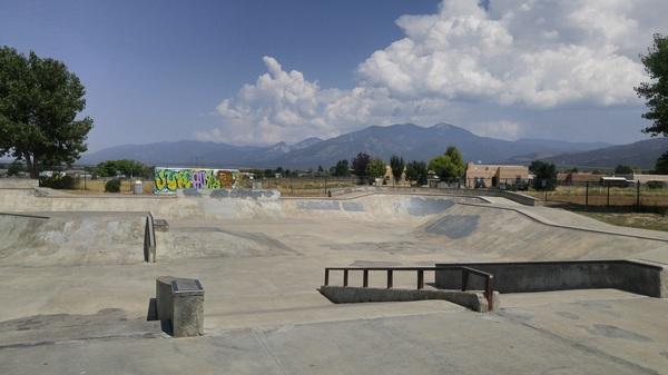 Empty. #backtoschool #taos #nm #skatepark #littlemountaintown